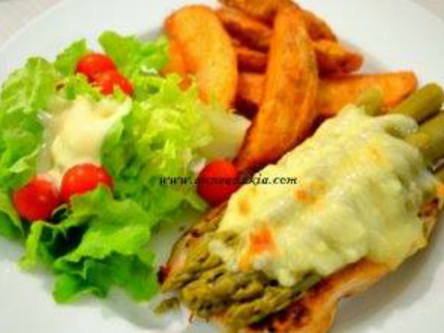 Grilled Chicken with Cheese and Asparagus
