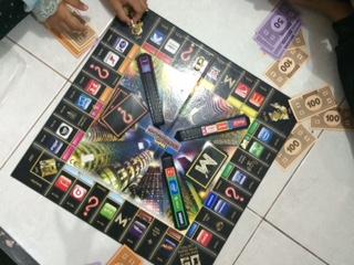 Gara-gara Selalu Dicurangi Main Monopoli