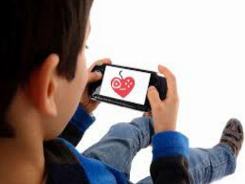 Tentang Interaksi Anak dengan Gadget